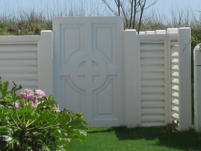 custom-pvc-garden-gate